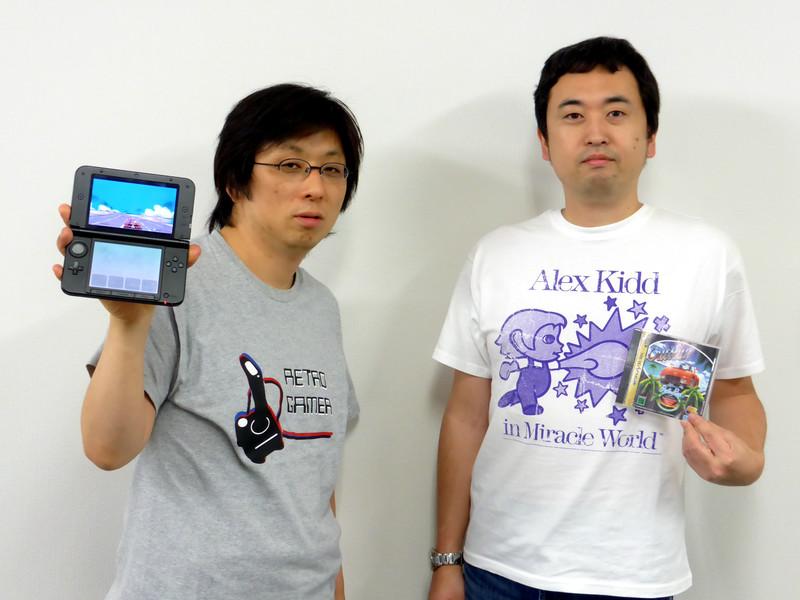 エムツーの堀井社長(左)とセガの奥成プロデューサー(右)