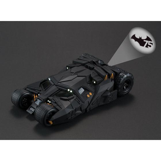 バットマン75周年を記念したバットシグナル