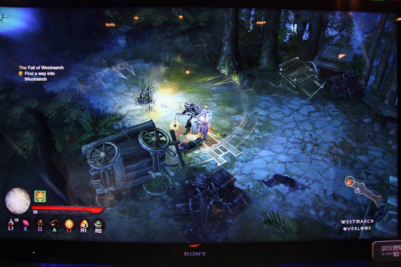 PS4版「Diablo III: Reaper of Souls - Ultimate Evil Edition」プレイシーン。PS4のパワーを活かし1080p/60fpsのゲームプレイを実現していた