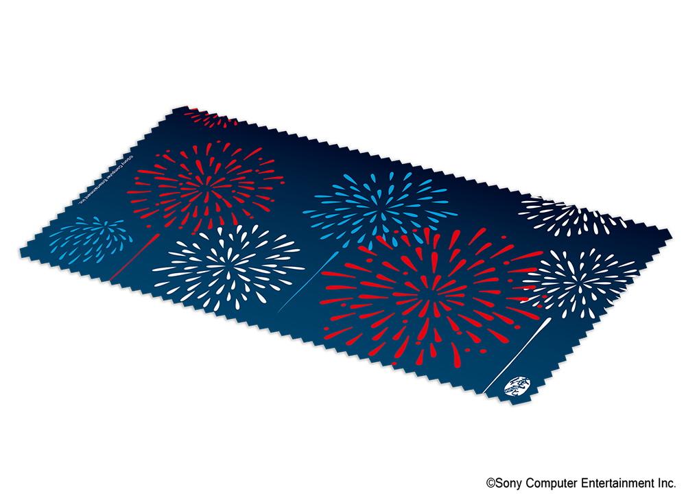 手ぬぐいといえば「夏」。花火の鮮やかな色彩が、楽しげな日本の夏を表現している