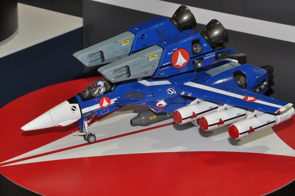 「1/48 VF-1J スーパーバルキリー マックス/ミリア  w/反応弾」。6月発売、価格は6,200円(税別)。反応弾が新規パーツとなる