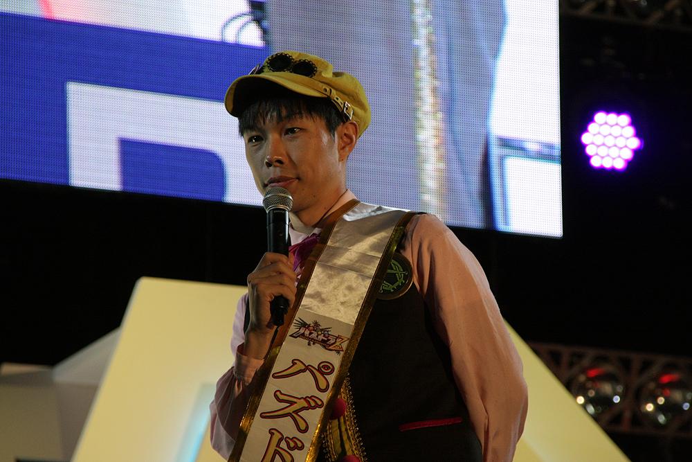 試合を盛り上げたイワーイことハライチの岩井勇気さん