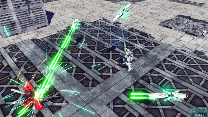 特殊格闘のファンネル・シールド。レバーNでシールドを敵に向かって射出し、ビーム・ガトリングガンを連射する。レバーN以外では敵に向かって射出したシールドが敵にヒットすると打ち上げ状態になるので追撃が狙える。シールドを射出している際に、再度コマンドを入力することで特殊行動を行なえる