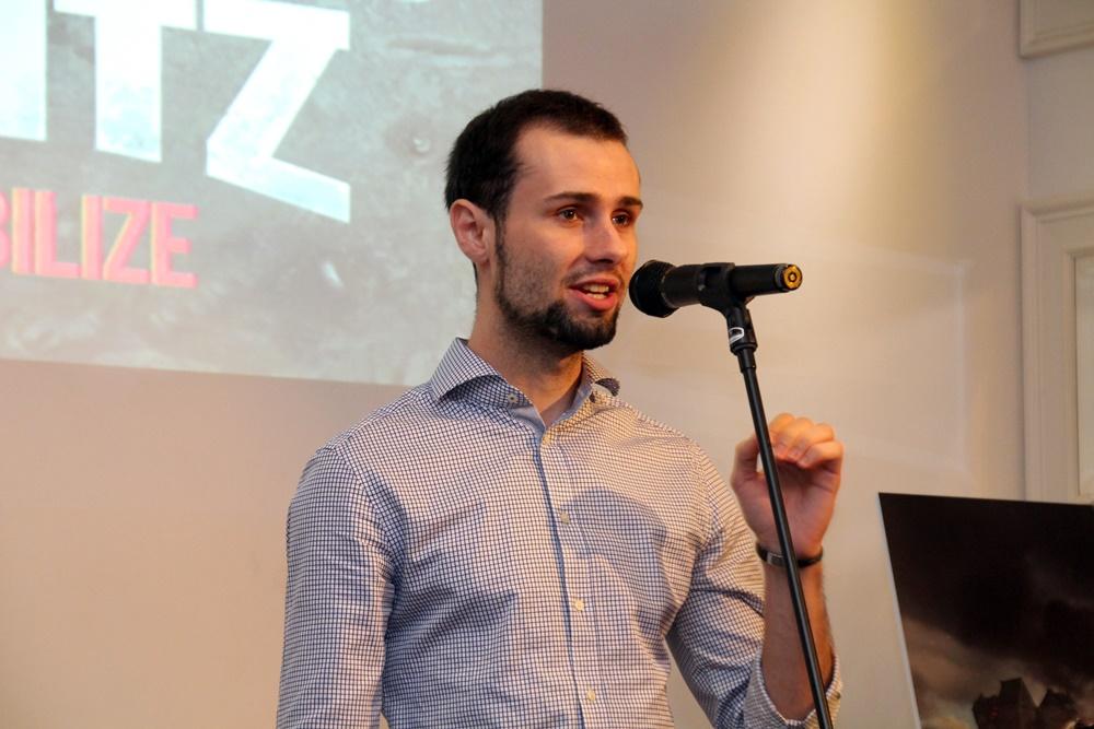 プレゼンを行なったWargaming.netマーケティングマネージャー・プロダクトマネージメントのロマン・ブイ氏