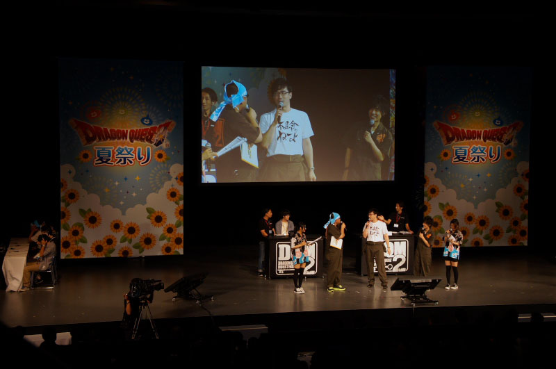 プロデューサーの犬塚氏、そしてゲスト解説に声優の安元さんと岡本さんが登場。お2人ともガチのプレーヤー目線で、細かいところまで目を向けた解説を繰り広げてくれた