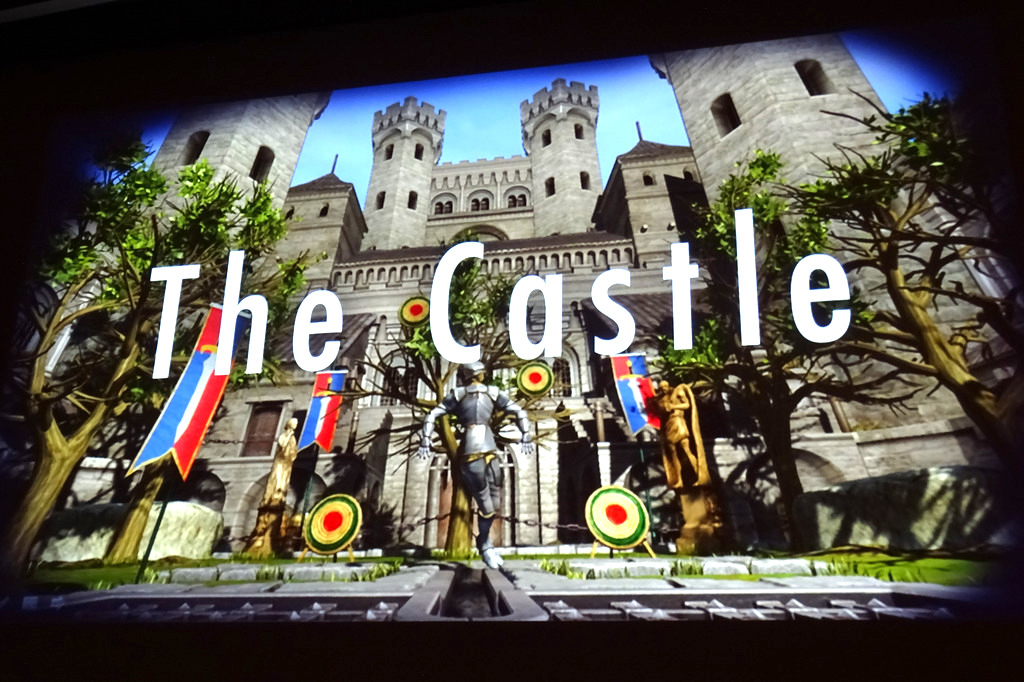 CEDEC 2014会場ではこの日「Project Morpheus」の実機体験コーナーが設置され、GDCやE3でも公開された「The DEEP」、「The Castle」の2本を試すことができた。先日「SCEJA Press Conference 2014」で公開されたバンダイナムコの「サマーレッスン」は残念ながらTGS 2014までお預け。