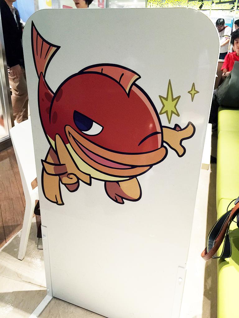 店内はまさに「ぷよぷよ」三昧。店員さんのエプロンにも「ぷよ」が!