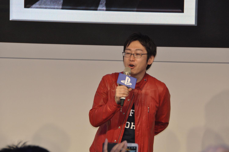 「ゴッドイーター2 レイジバースト」のプロデューサーを務めるバンダイナムコゲームスの富澤祐介氏