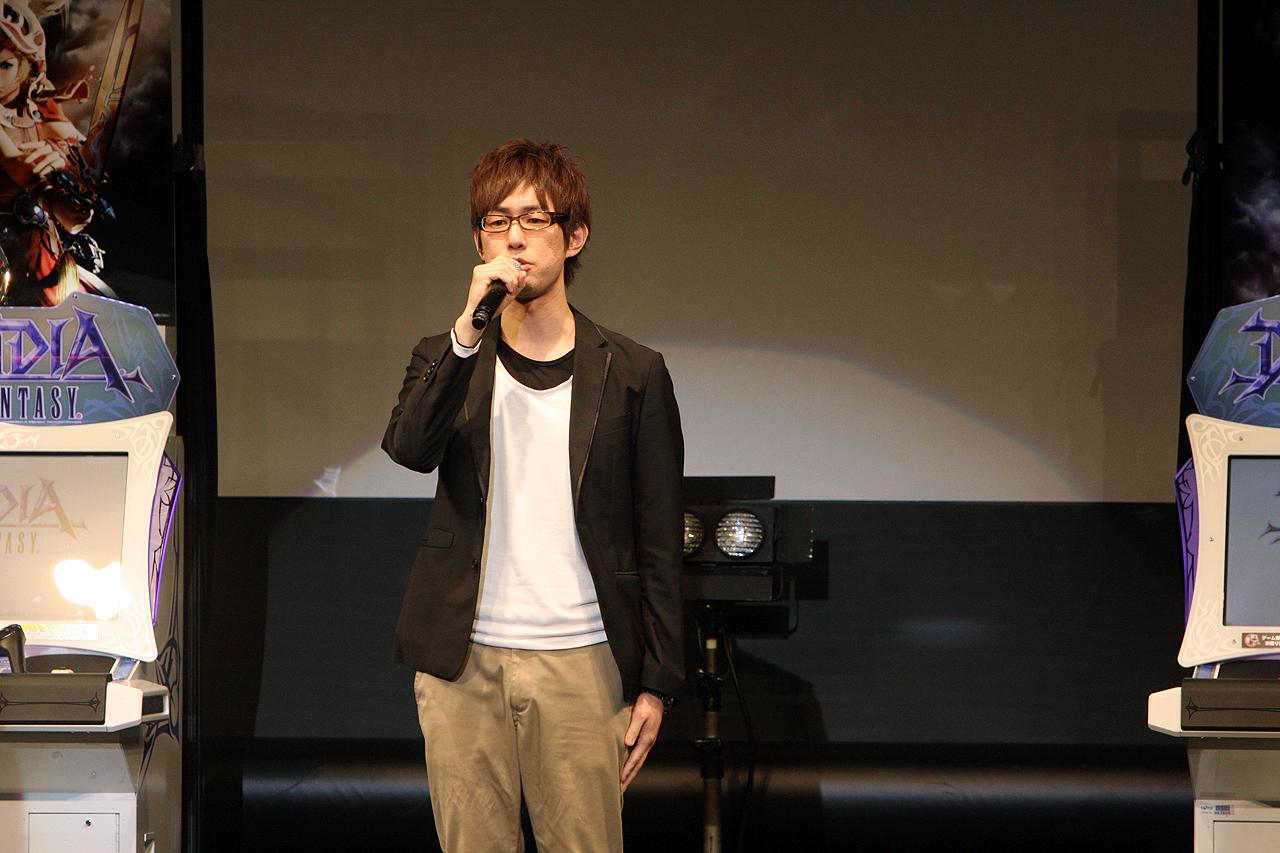 鯨岡武生ディレクターがゲームの細かいシステムを説明した
