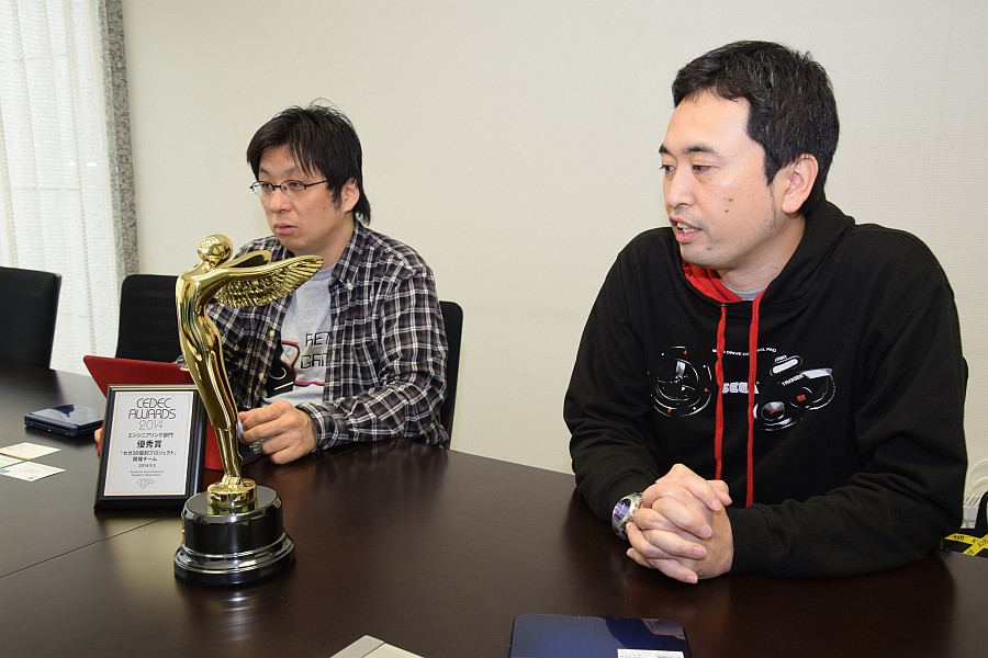 奥成洋輔プロデューサー(右)と堀井直樹社長(左)