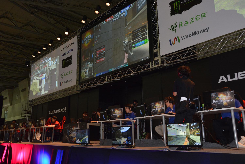 会場で使用されていた競技用PCはすべてALIENWARE。高性能なゲーミングPCで大会が行なわれた