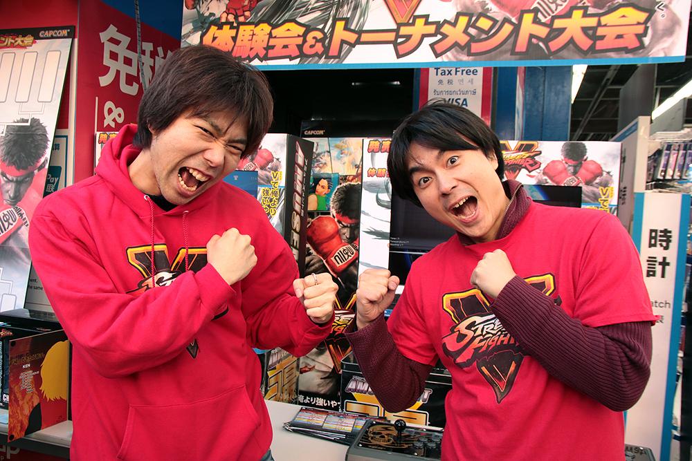 杉山晃一プロデューサー(左)と綾野智章アシスタントプロデューサー