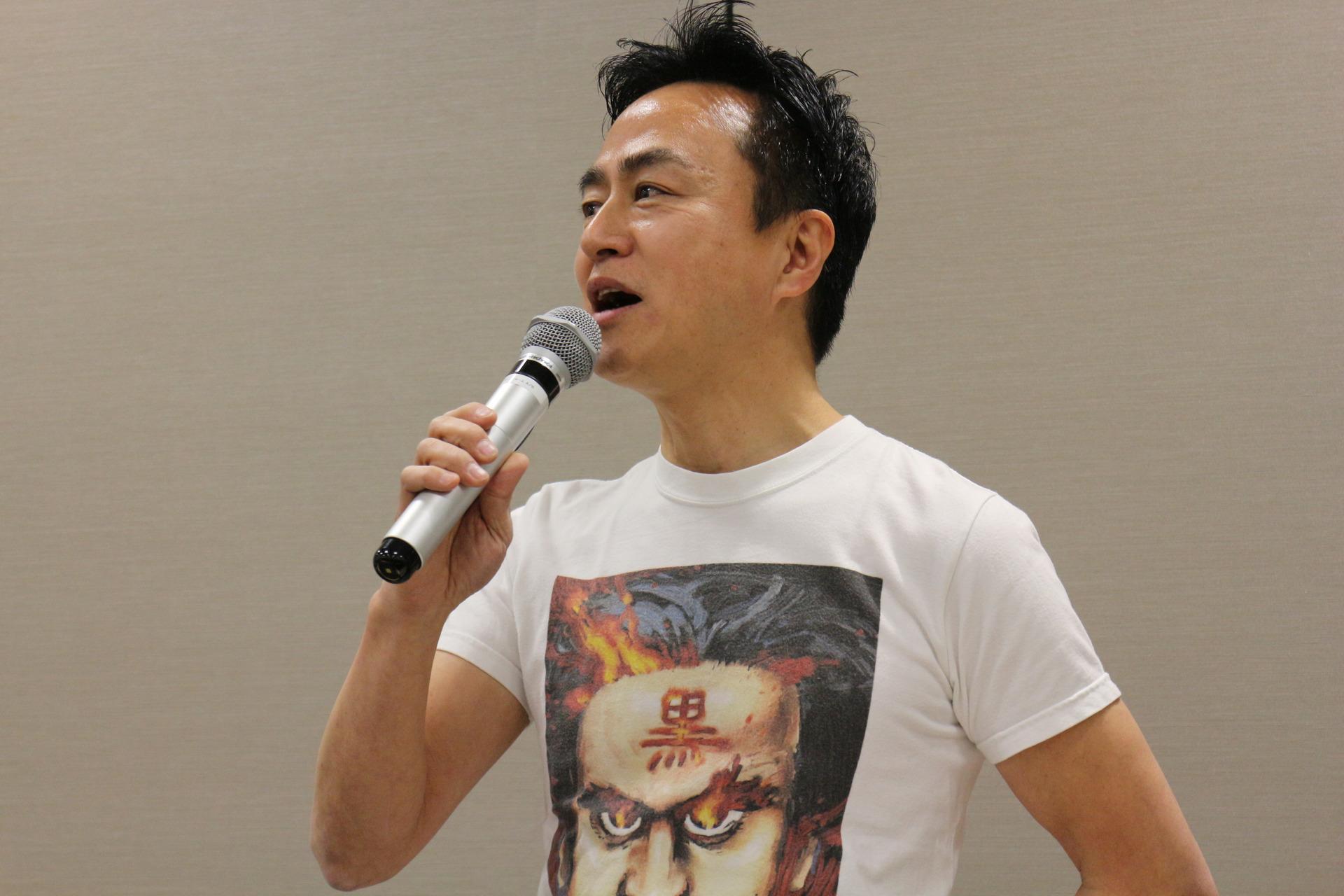 「黒川塾」主催の黒川文雄氏