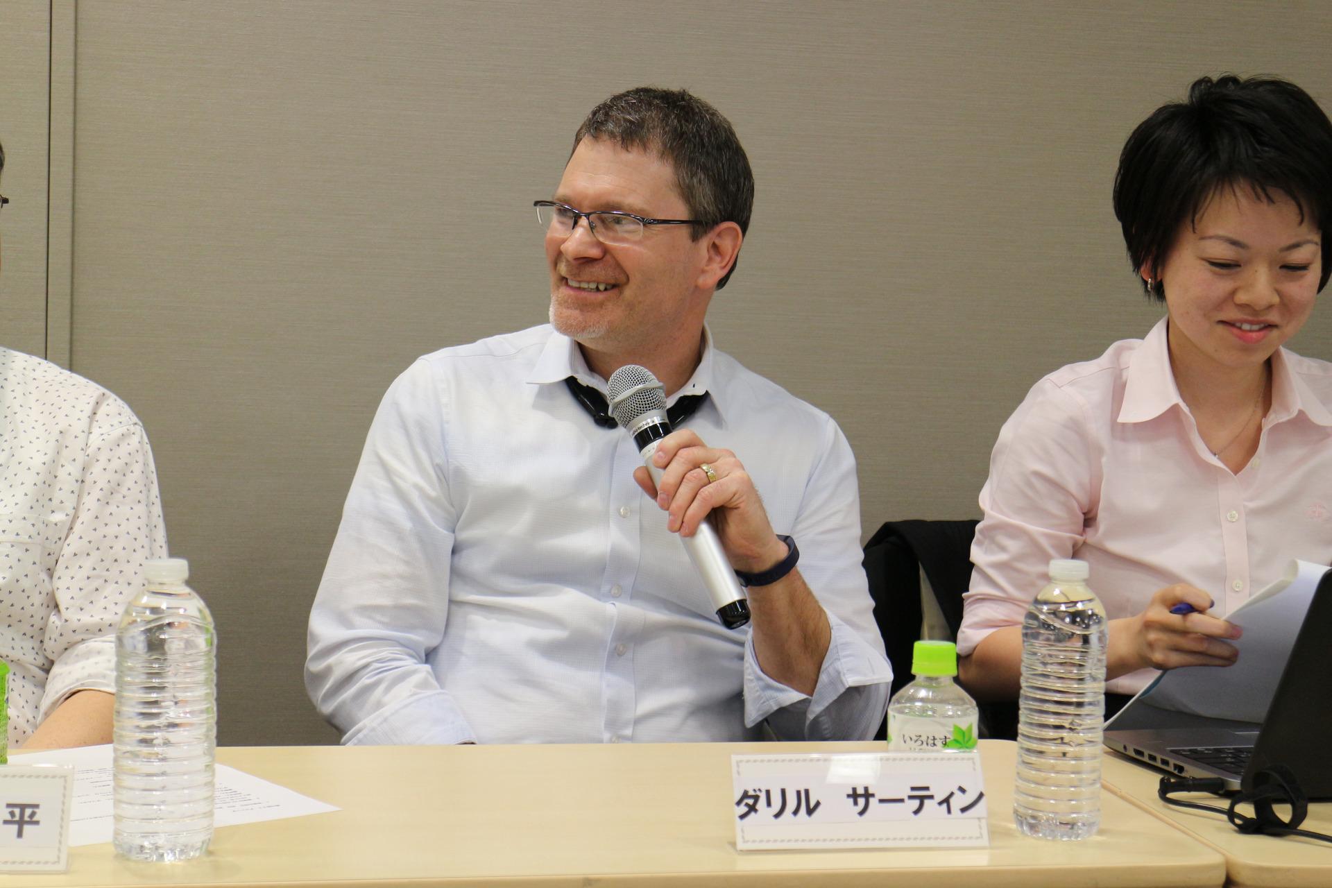 サーティン氏も藤井氏の考えに賛同した