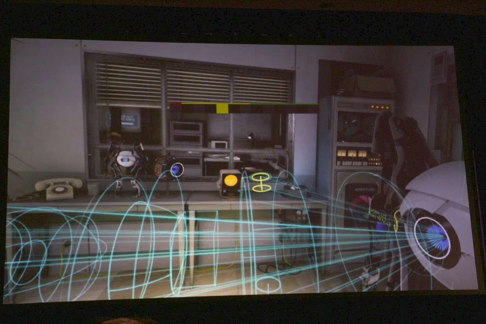 品質制御の例。カメラに複雑なオブジェクトが捉えられているときと、シンプルなオブジェクトしか見えていないときに異なるクオリティレベルに自動調整されている