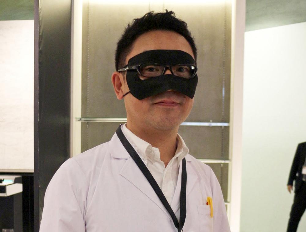 """本施設「VR ZONE」全体を監督する""""コヤ所長"""""""