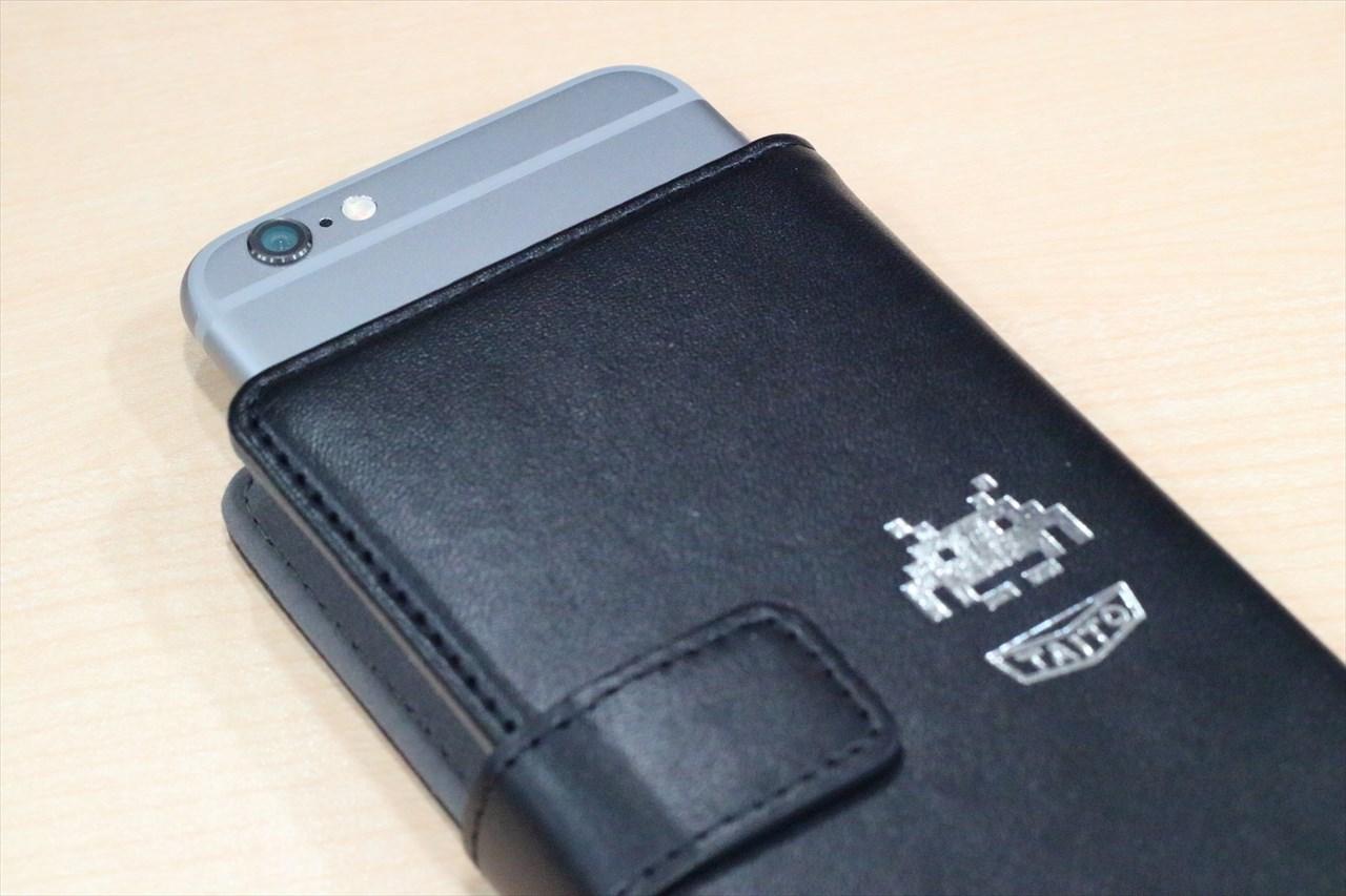 74×136×10mm(横×高さ×奥行き)以内のサイズのスマートフォンに対応