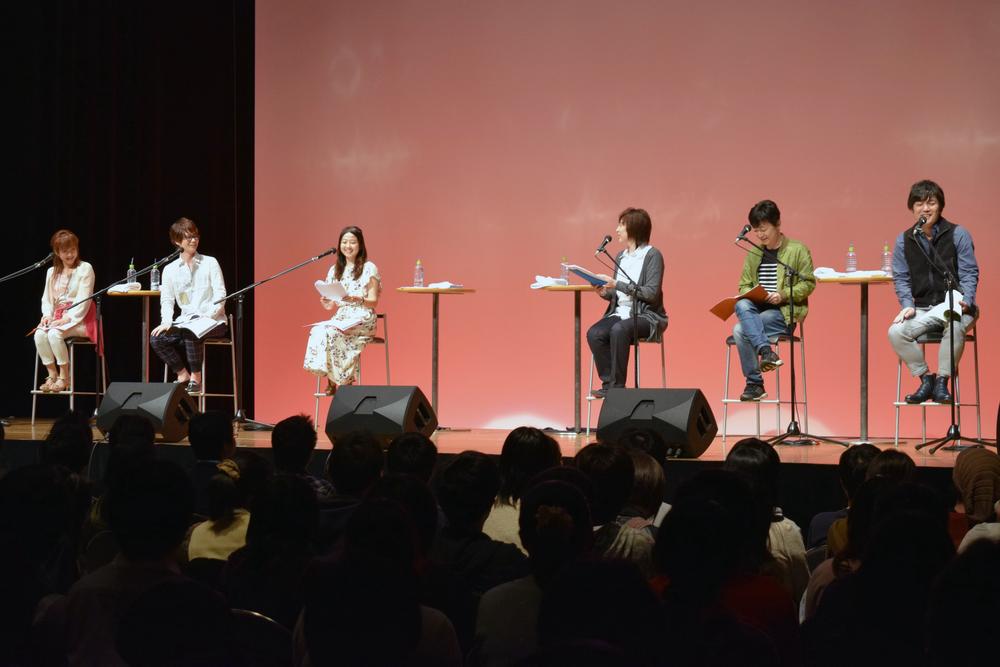 左から西原さん、三浦さん、神田さん、斎賀さん、菅沼さん、中尾さん