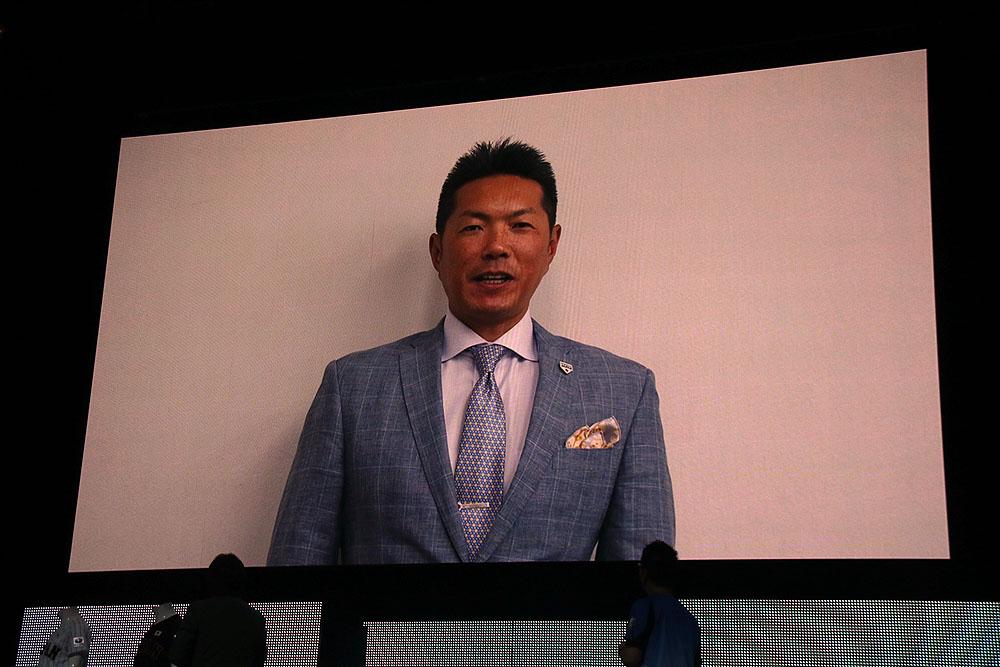 小久保裕紀侍ジャパン代表監督がビデオでコメント。「ガンホー様にダイヤモンドパートナーになって頂き心強い。引き続き応援のほどよろしくお願いします」とアピール