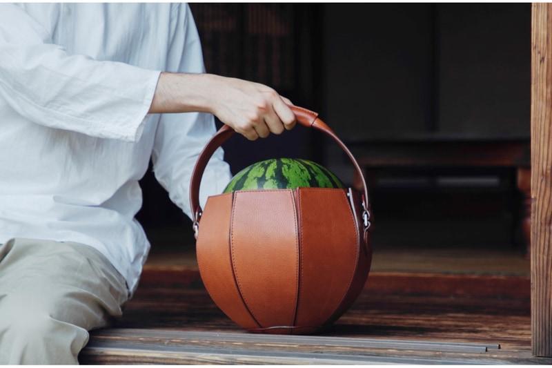 土屋鞄製造所が「スイカバッグ」を発売する