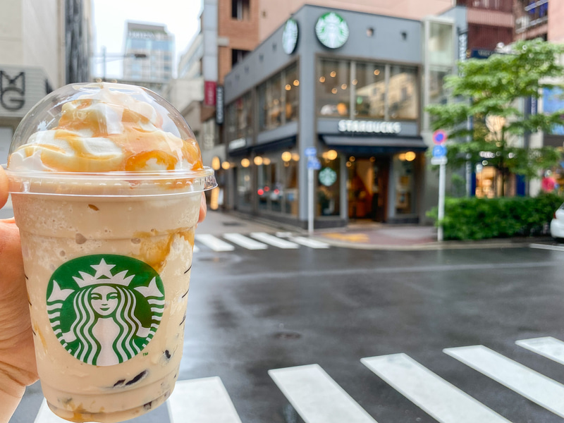 スターバックス コーヒー 銀座松屋通り店で「東京 オリジン コーヒー ジェリー キャラメル フラペチーノ」を飲む
