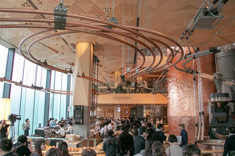 中目黒にある「スターバックス リザーブ ロースタリー東京」で焙煎した「TOKYOロースト」を使用している(2019年2月27日の内覧会で撮影)