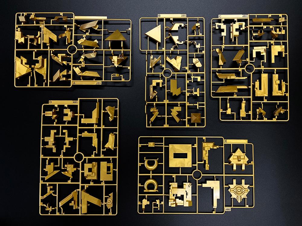 マニュアルに記載されているのは各パーツの組み立てまで。組み上げられるかは挑戦となっている