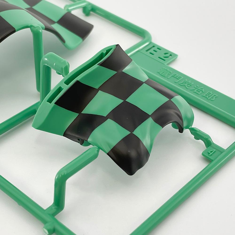特徴的な緑と黒のツートンがパッケージの状態で再現済みとなっている
