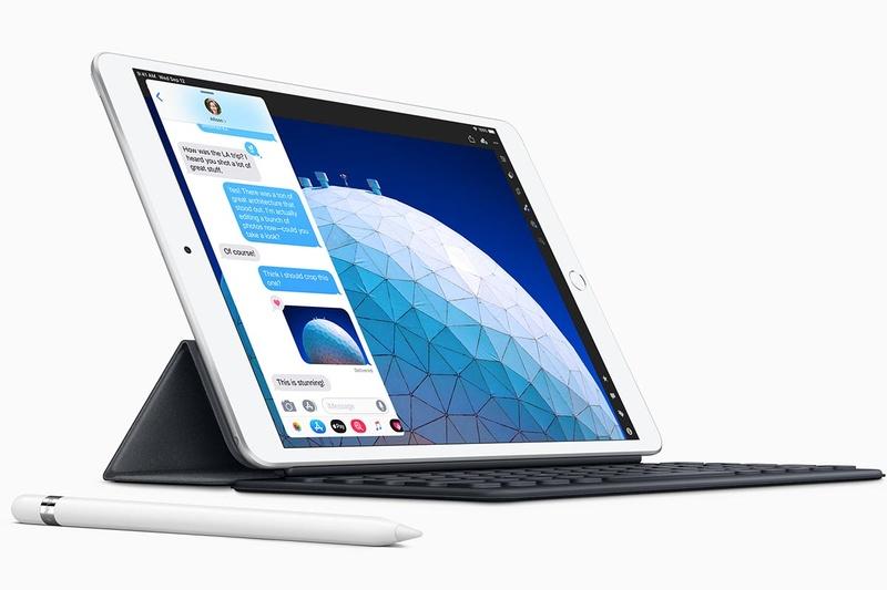 iPad Air(Apple PencilやSmart Keyboardは別売)