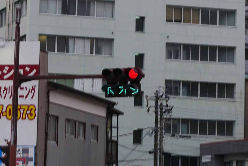 右折用信号は5秒間だけ
