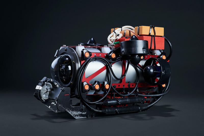 南極調査用の小型水中無人探査機(南極調査ROV)