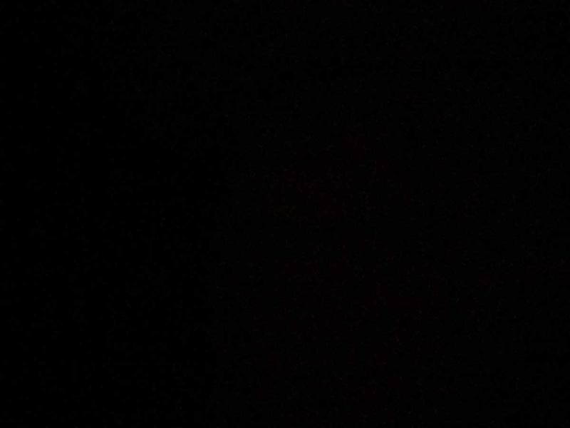 Pixel 3の通常モードで撮影した画像。暗くて何も映らない