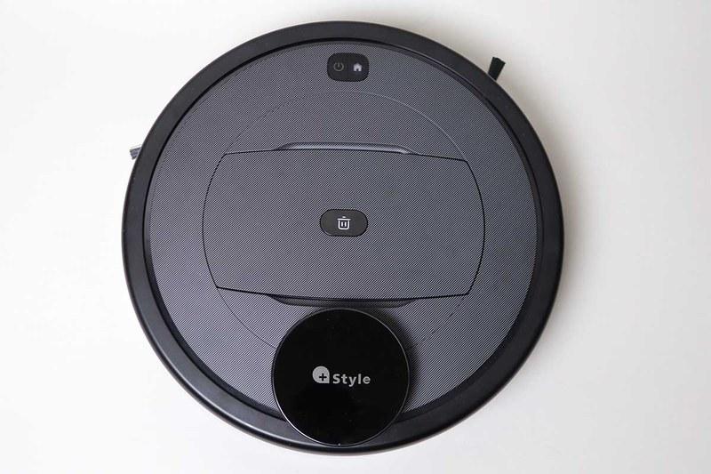 本体上部の電源ボタンを押すと掃除を開始