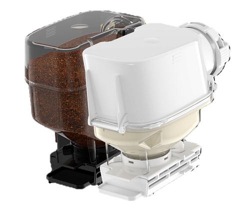 コーヒータンクとクリーマータンク