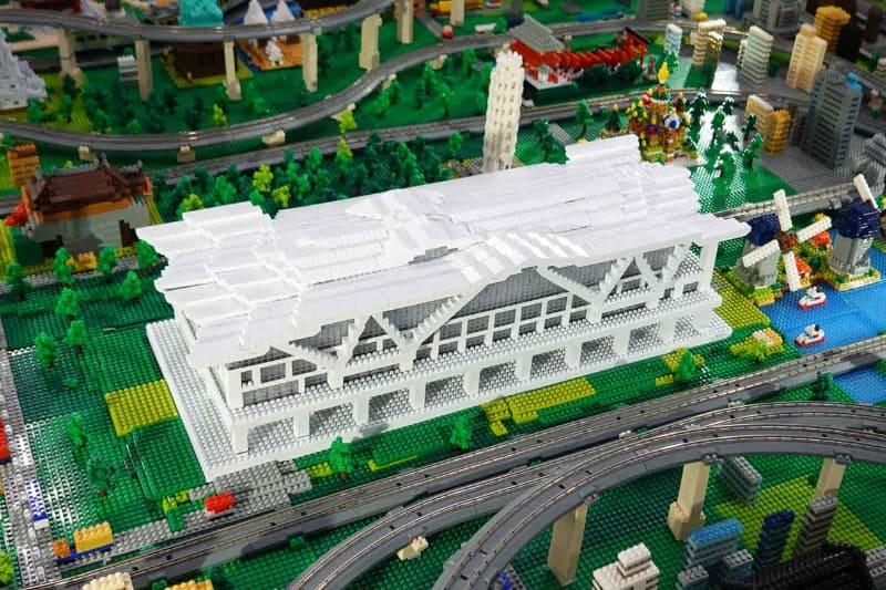 サステナブルnanoblockで作られた高輪ゲートウェイ駅