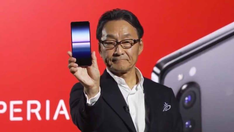 Xperia 1 IIを発表する、ソニーモバイルの岸田光哉社長(2月24日に公開された発表動画から)
