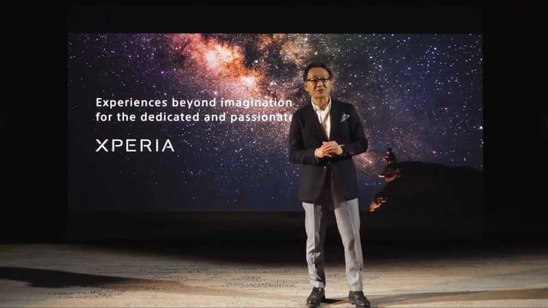 発表ビデオより。Xperiaの発表動画は、まるで無観客試合のようなイメージで行なわれた