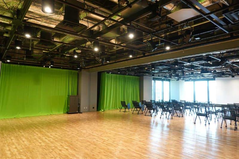 8階には撮影用のスタジオも設置