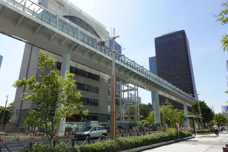 浜松町駅まで続く