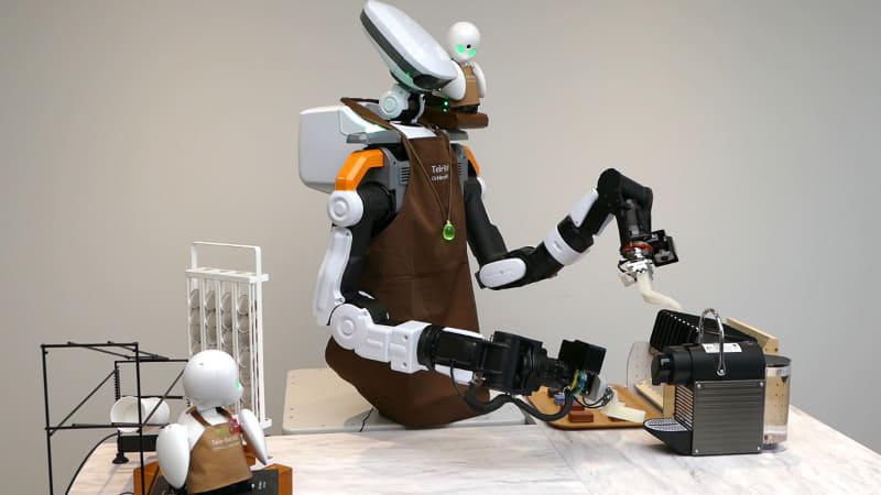 OriHimeとNEXTAGEを組み合わせたロボットが接客、エスプレッソマシンを操作