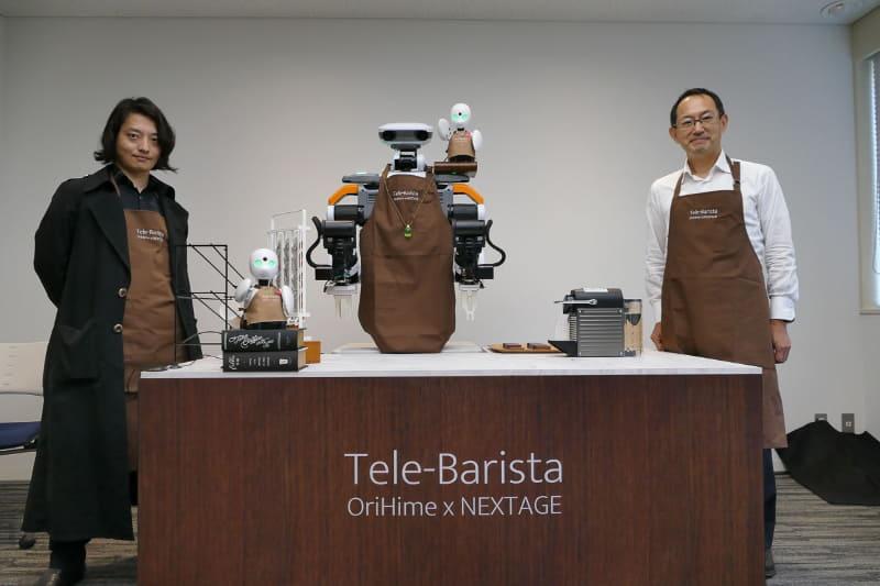 オリィ研究所 代表取締役 CEOの吉藤健太郎氏(左)と川田テクノロジーズ代表取締役社長 川田忠裕氏(右)