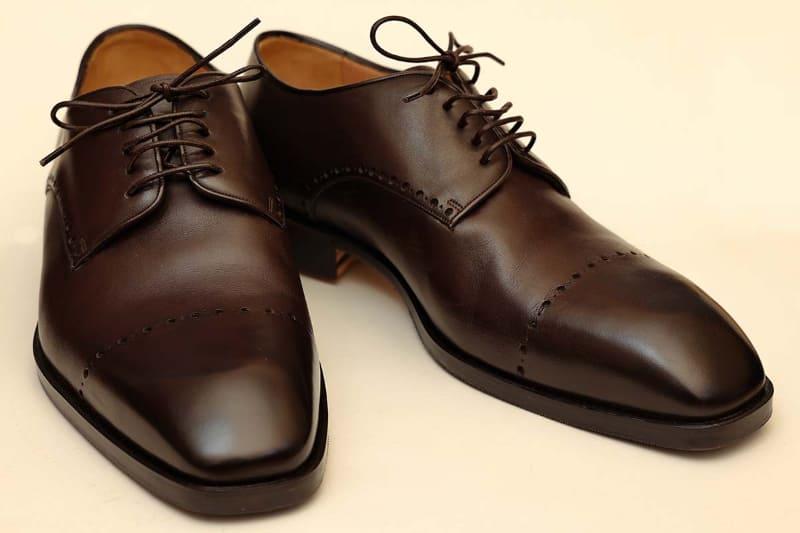ブリージャーしてイタリアで注文した革靴が届いた