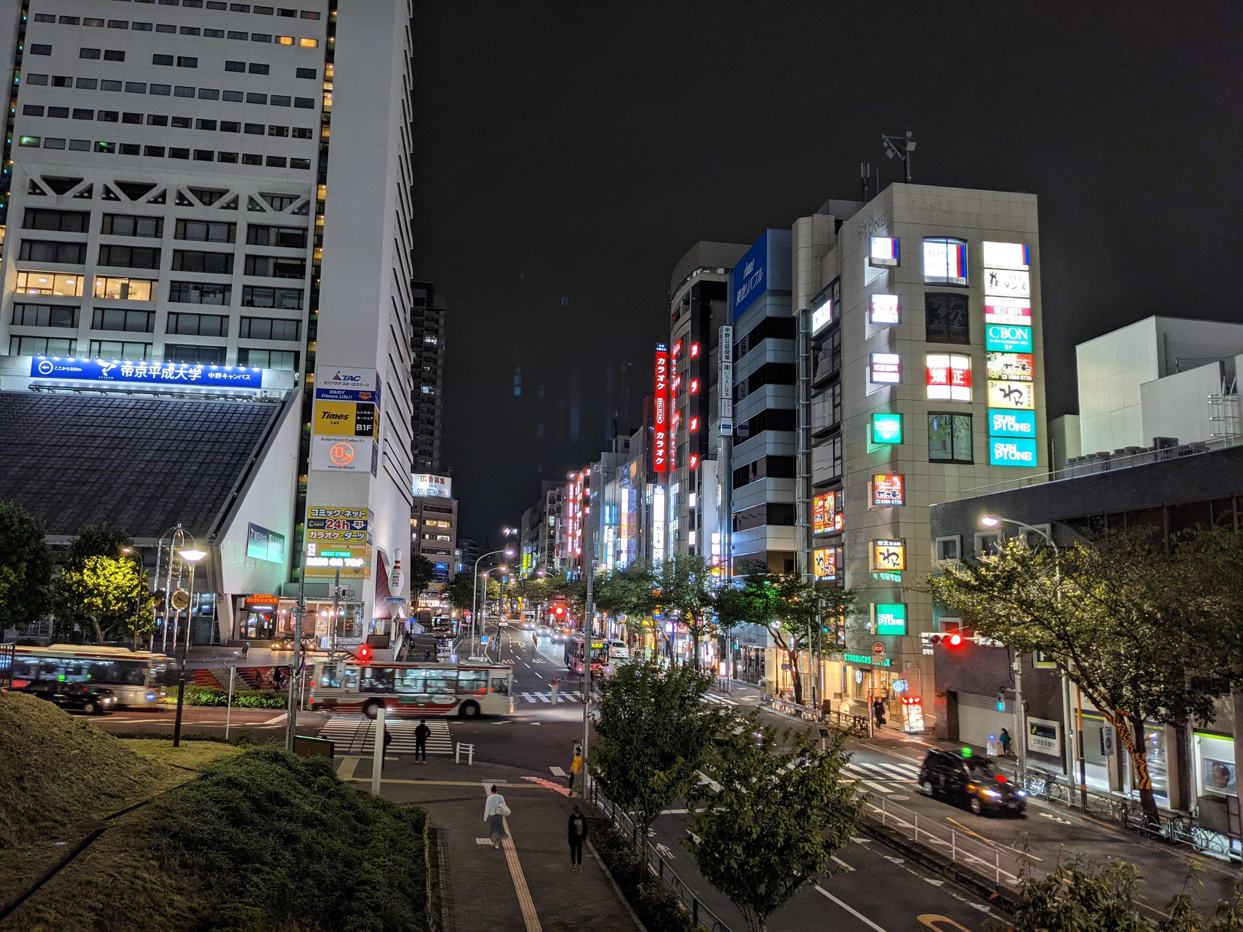 広角レンズ(1倍)、夜景モード