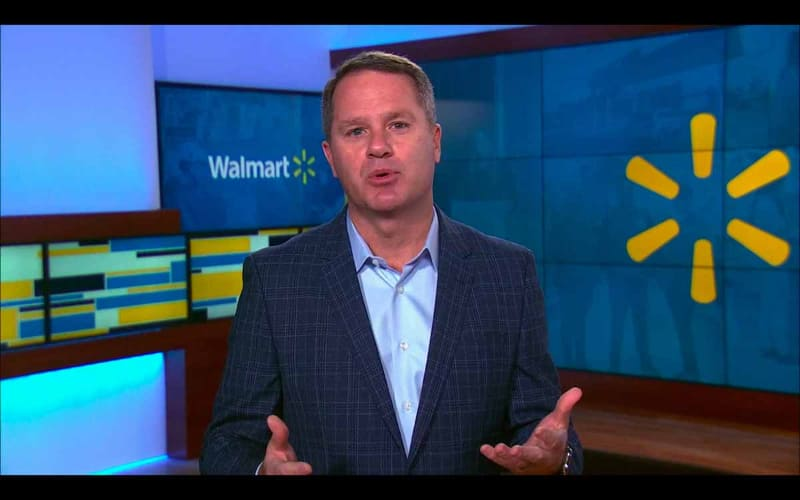 CESで講演する米Walmart CEOのDoug McMillon氏