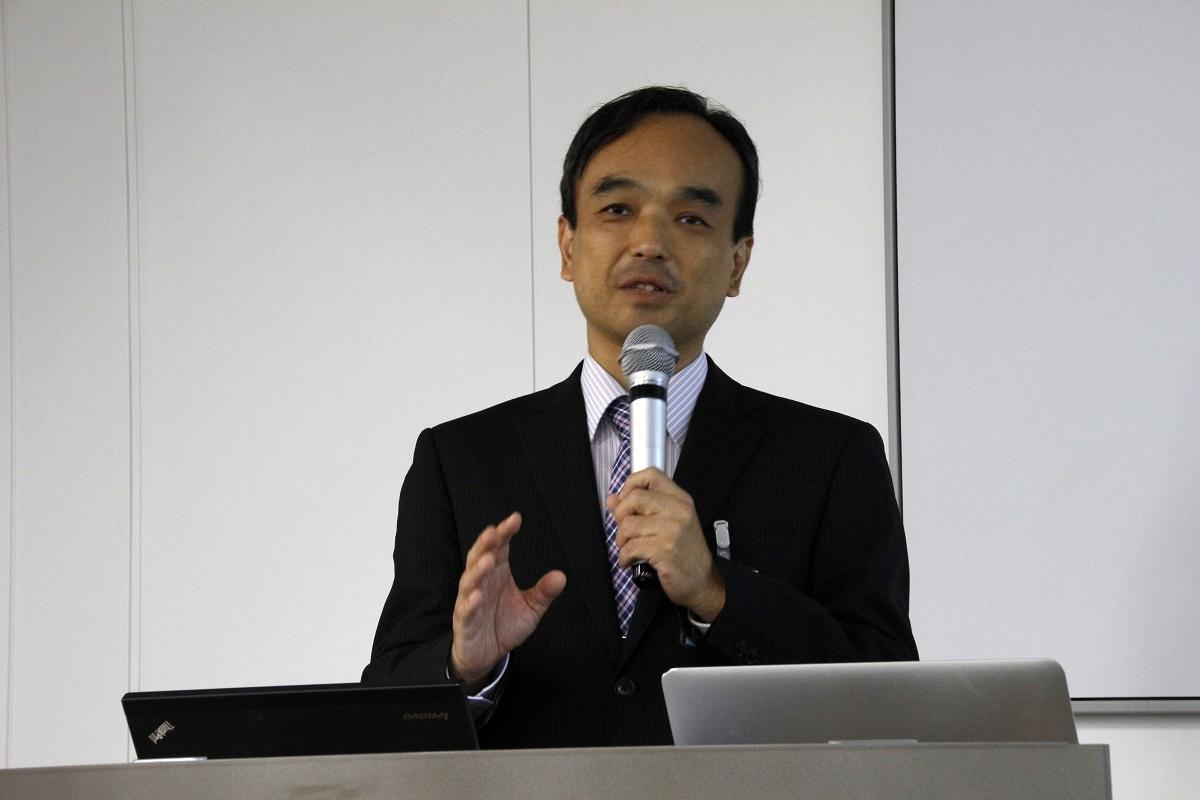 特定非営利活動法人企業教育研究会理事長の藤川大祐氏
