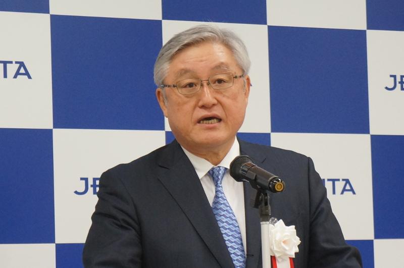 JEITA代表理事/会長の東原敏昭氏(日立製作所 代表執行役 執行役社長兼CEO)