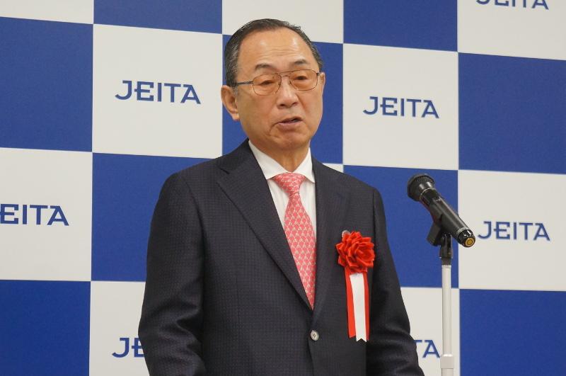 株式会社フェニックスソリューション 代表取締役社長 金岡久夫氏
