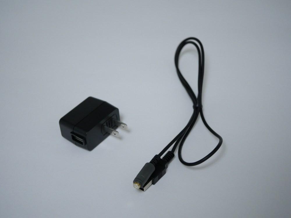 充電ケーブルとAC充電器