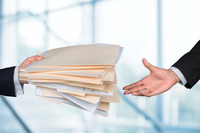 税理士に依頼することで、安心して業務に集中できます。 ※