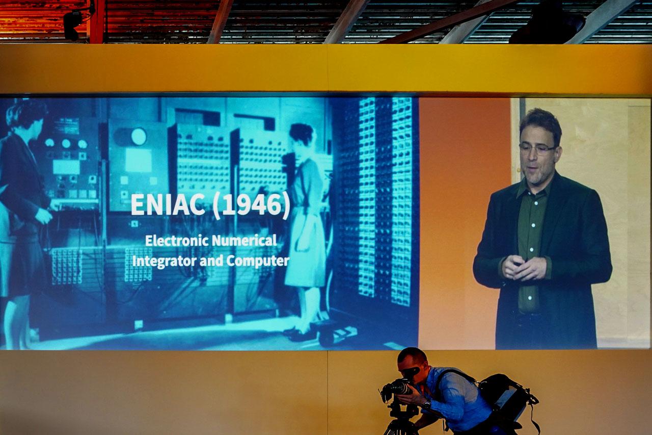 ENIACの時代はアプリケーションベース